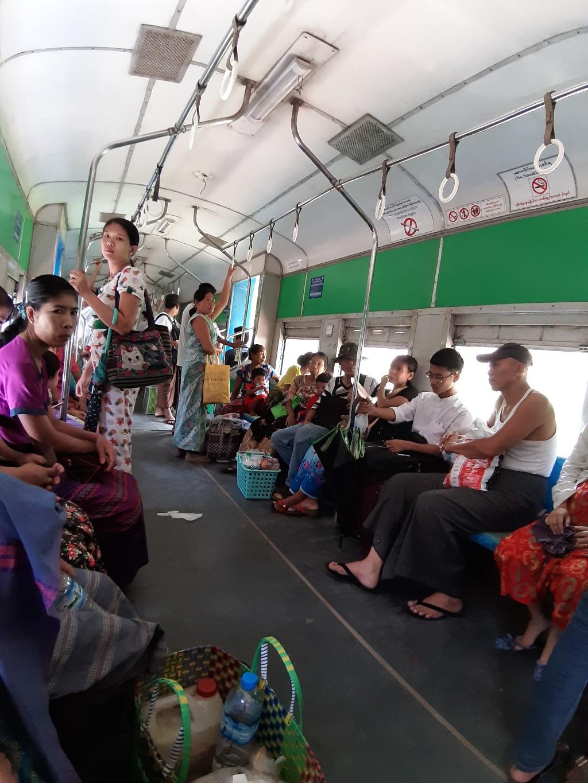 Tàu Yangon