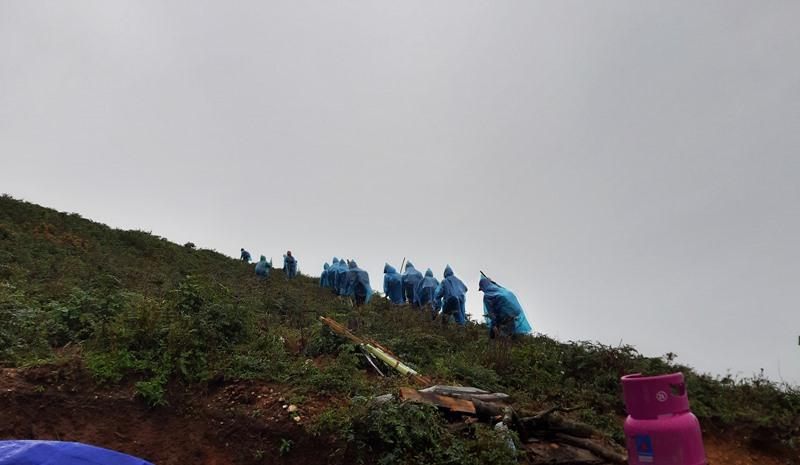 Lên núi Tà Chì Nhù
