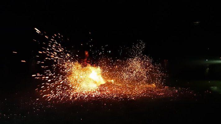 Lễ nhảy lửa của người Pà Thẻn